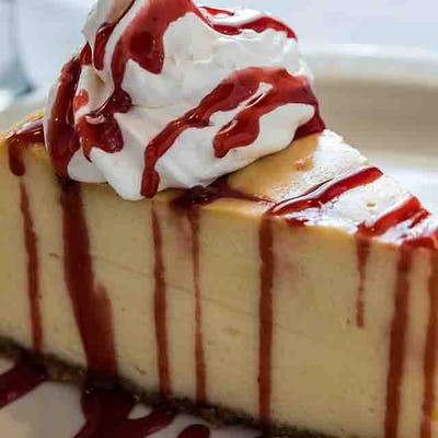 Amaretto Raspberry Cheesecake