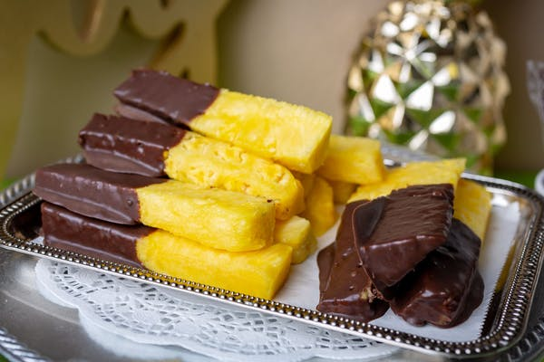 Chocolate-Dipped Sweet Golden Pineapple