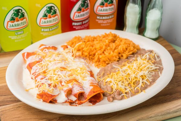 (#1) Cheese & Beef or Chicken Enchilada Combination