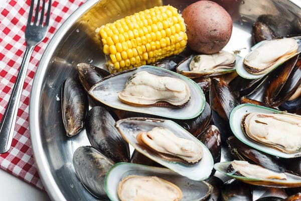 Dinner Boiled Mussels