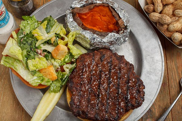 Burger - Hail Caesar Pat'i