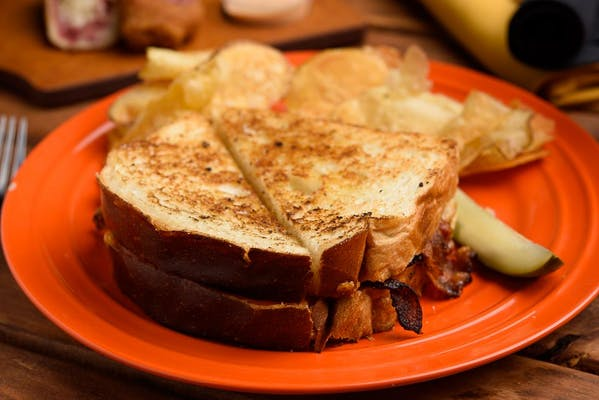Grilled Cheese with Bacon & Tomatoes