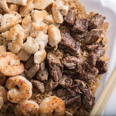 Chicken, Steak & Shrimp Yakimesi