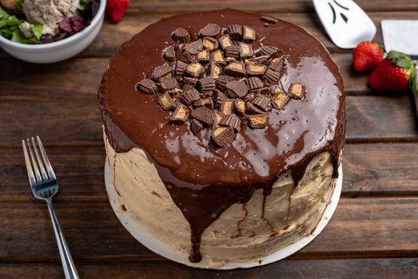 Reese's Peanut Butter Delight Cake