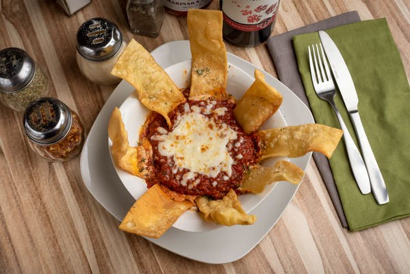Lasagna Chips & Dip