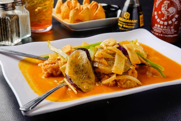 C8. Curry Swai (Dinner)