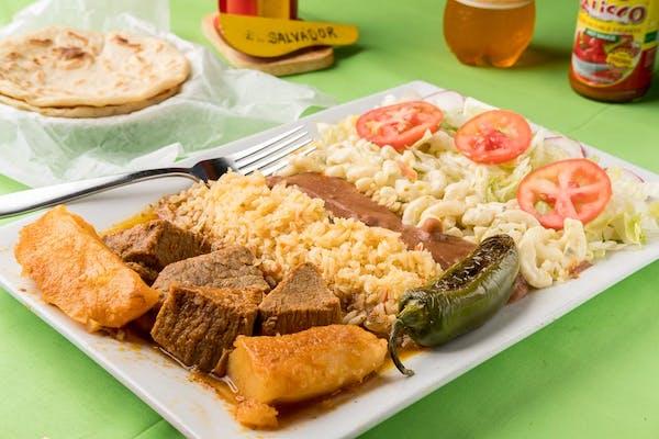 20. Carne Guisada