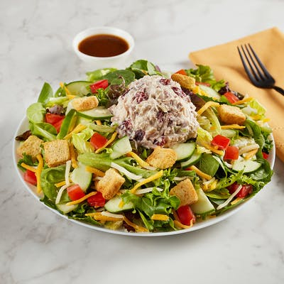 Harvest Chicken Garden Salad