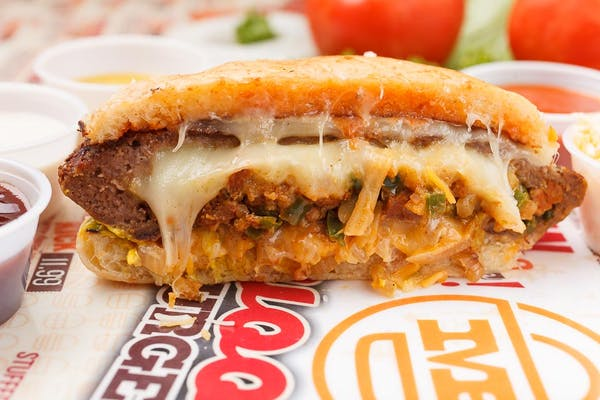 El Bueno Stuffed Burger