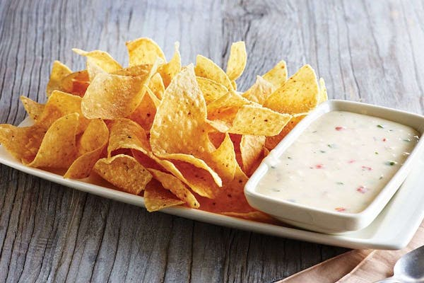 White Queso Dip & Chips
