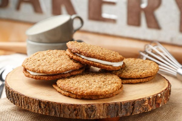 Oatmeal Cream Pie Cookie