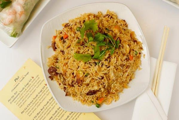 Com Chiên (Vietnamese Fried Rice)