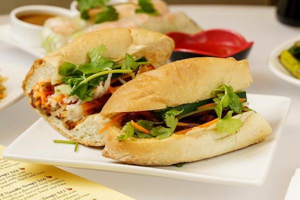 Bánh Mì Thit Nướng (Grilled Pork Sandwich)