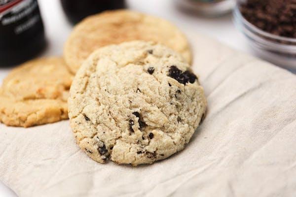 Cookies & Cream Cookie