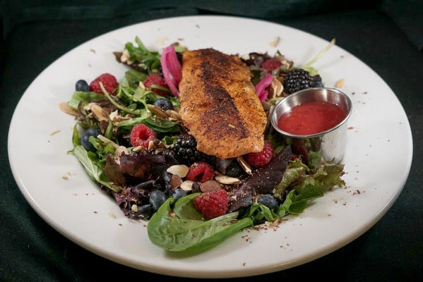 Grilled Salmon & Berry Salad
