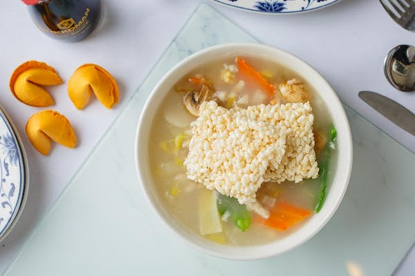 SP4. Sizzling Rice Soup