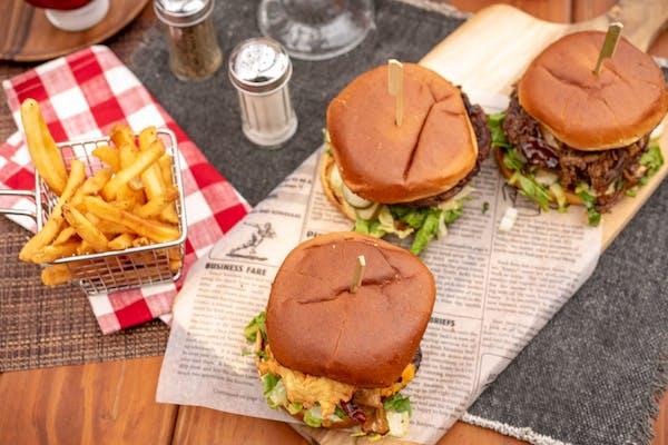 Gouda Ol' Boy Burger