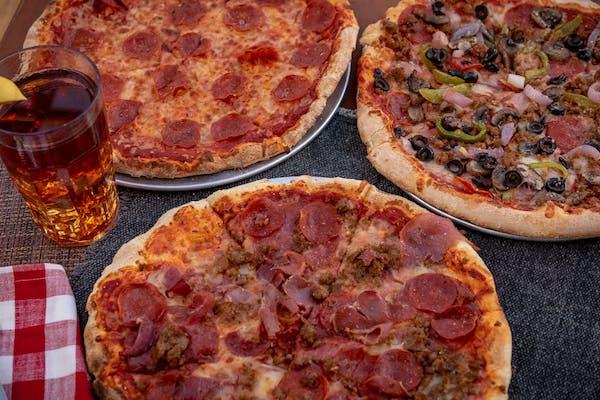 Spinach & Chicken Alfredo Pizza