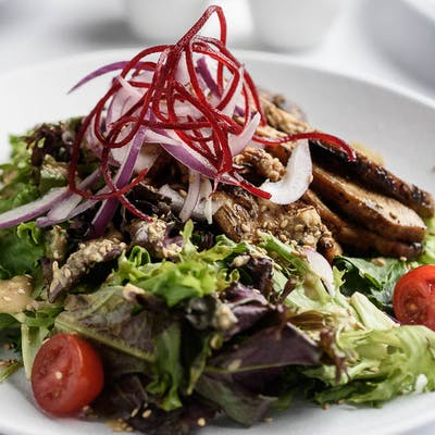 Grilled Chicken Ginger Salad