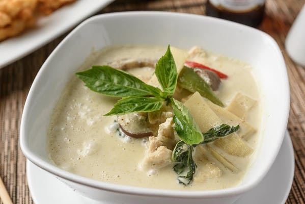 C26. Sweet Green Curry (Gang Kiow Wan)