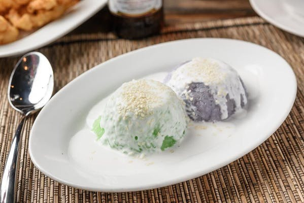 D48. Sweet Sticky Rice with Coconut Milk