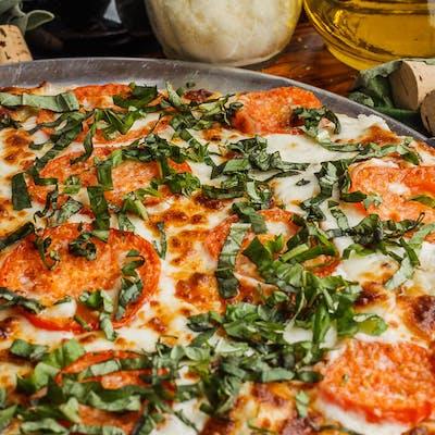 Classic Luciano Pizza