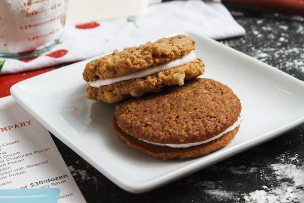 Oatmeal Cookie Pie