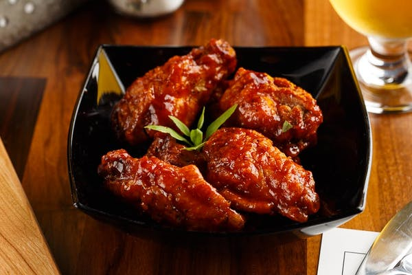 Hot Honey Garlic Wings