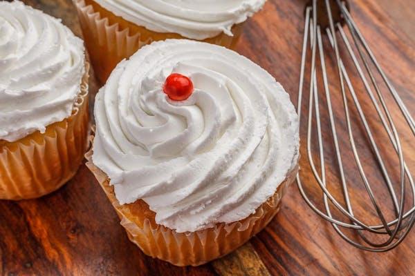 Stuffed White Chocolate Cupcake