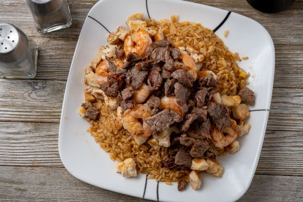 Chicken, Shrimp & Steak Yakimesi