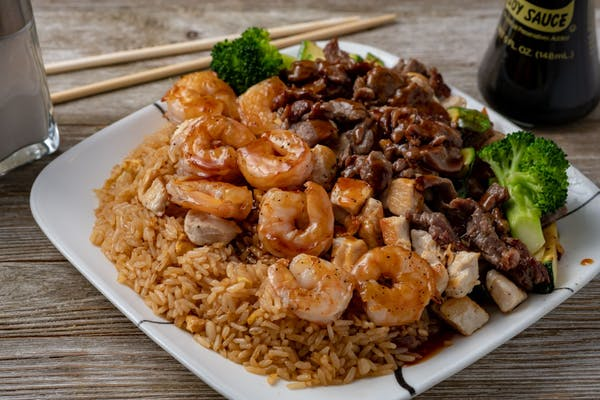 Chicken, Shrimp & Steak Hibachi Lunch