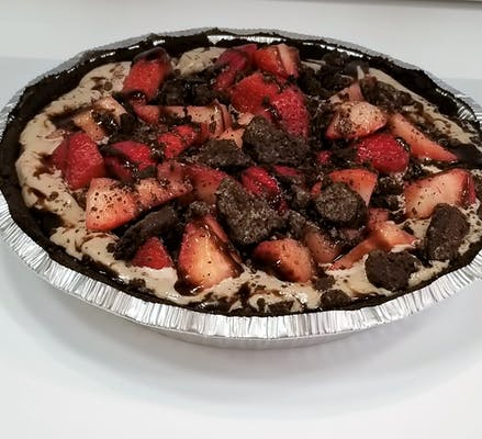 Strawberry Oreo FroYo Pie