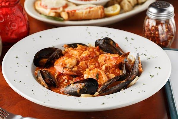Seafood Combination Pasta