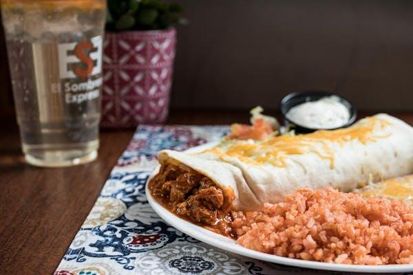 Chili con Carne Burrito Plate