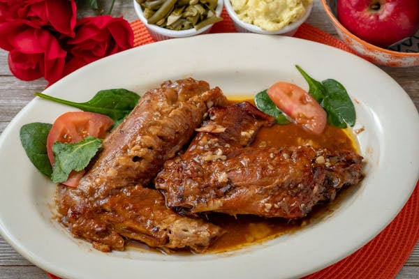 Smothered Turkey Wing Special