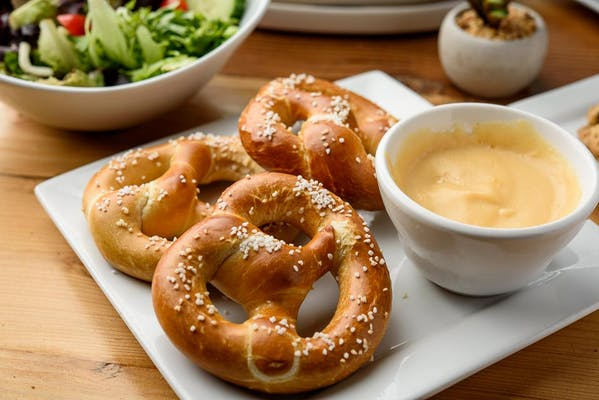 Soft Pretzels & Beer Cheese