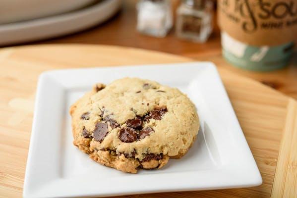 Gluten-Sensitive Chocolate Chip Cookie