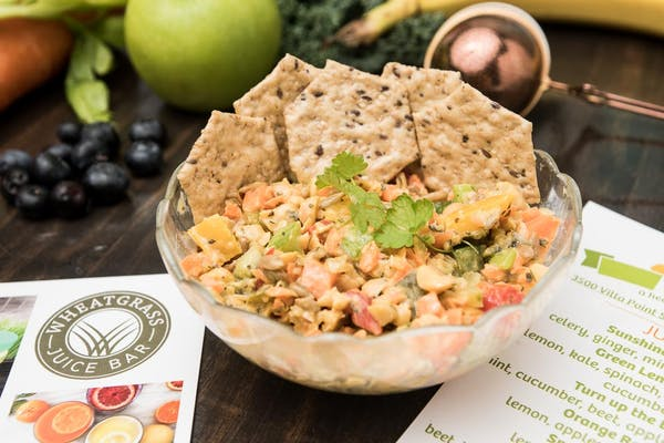 Chickpea Salad With Crackers
