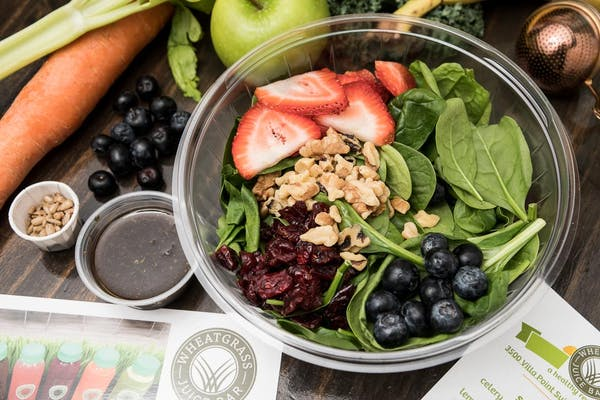 Spinach Berry Salad with Balsamic Dressing