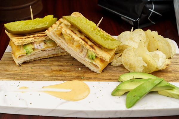 Chipollo Sandwich