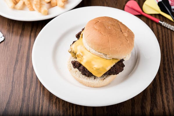 Tack Room Cheeseburger