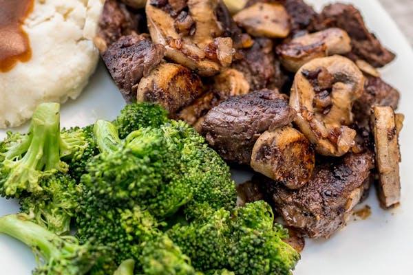 Steak Medallions with Mushrooms