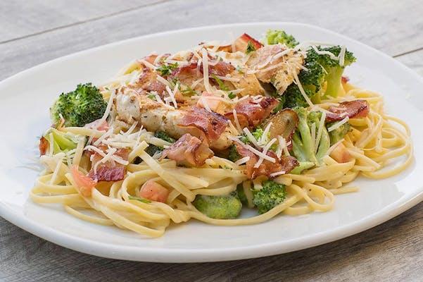 Chicken, Bacon & Broccoli Pasta