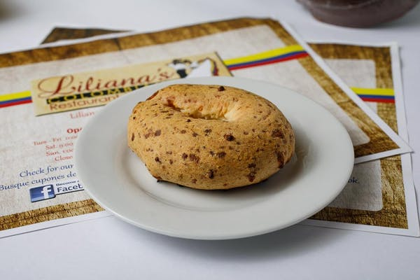 Pandebonos (Cheese Biscuit)
