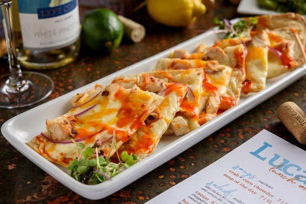 Lunch Buffalo Chicken Flatbread