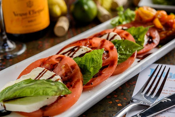 Lunch Buffalo Caprese Salad