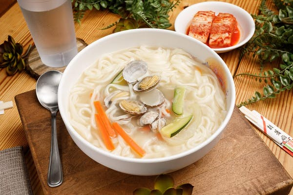 13. Noodles with Vegetables