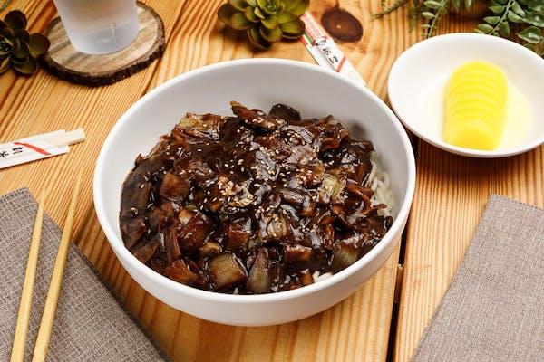 19. Black Bean Noodle