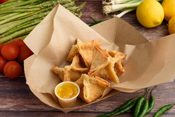 Green Curry Crab Rangoon