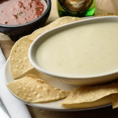 Cheese Dip & Chips